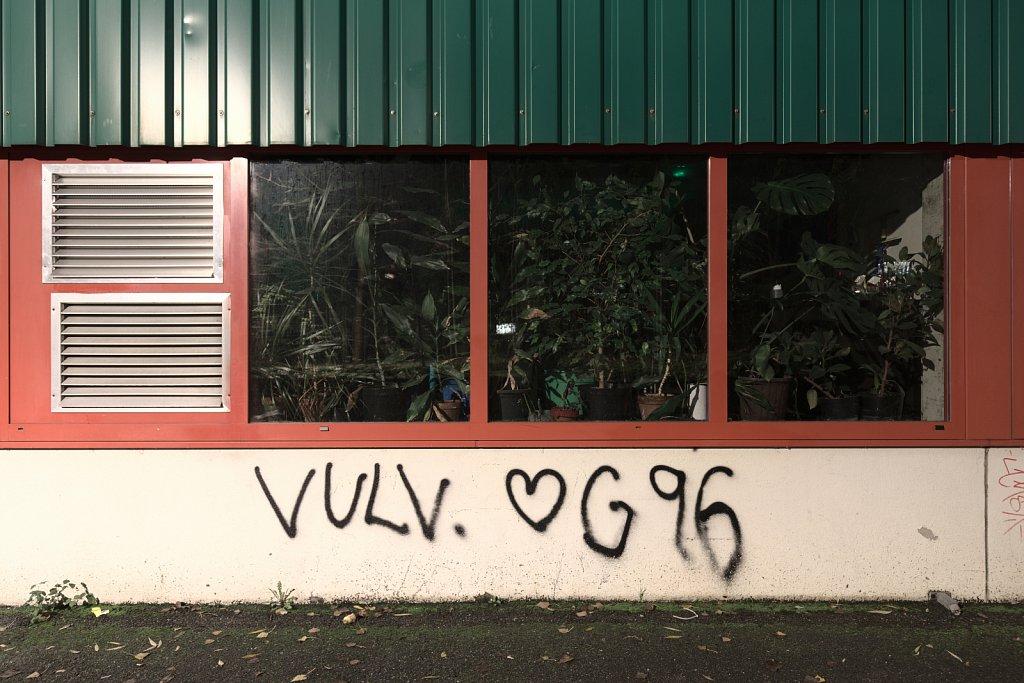 VULV. ❤︎G 96